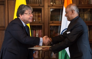 Ambassador presenting Credentials to Minister Holmes Trujillo
